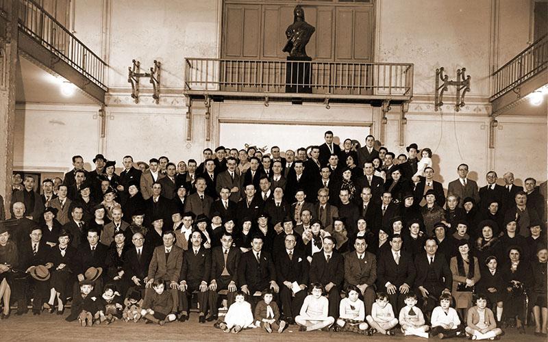 Assemblée générale de la Fraternelle d'Asnières en 1937